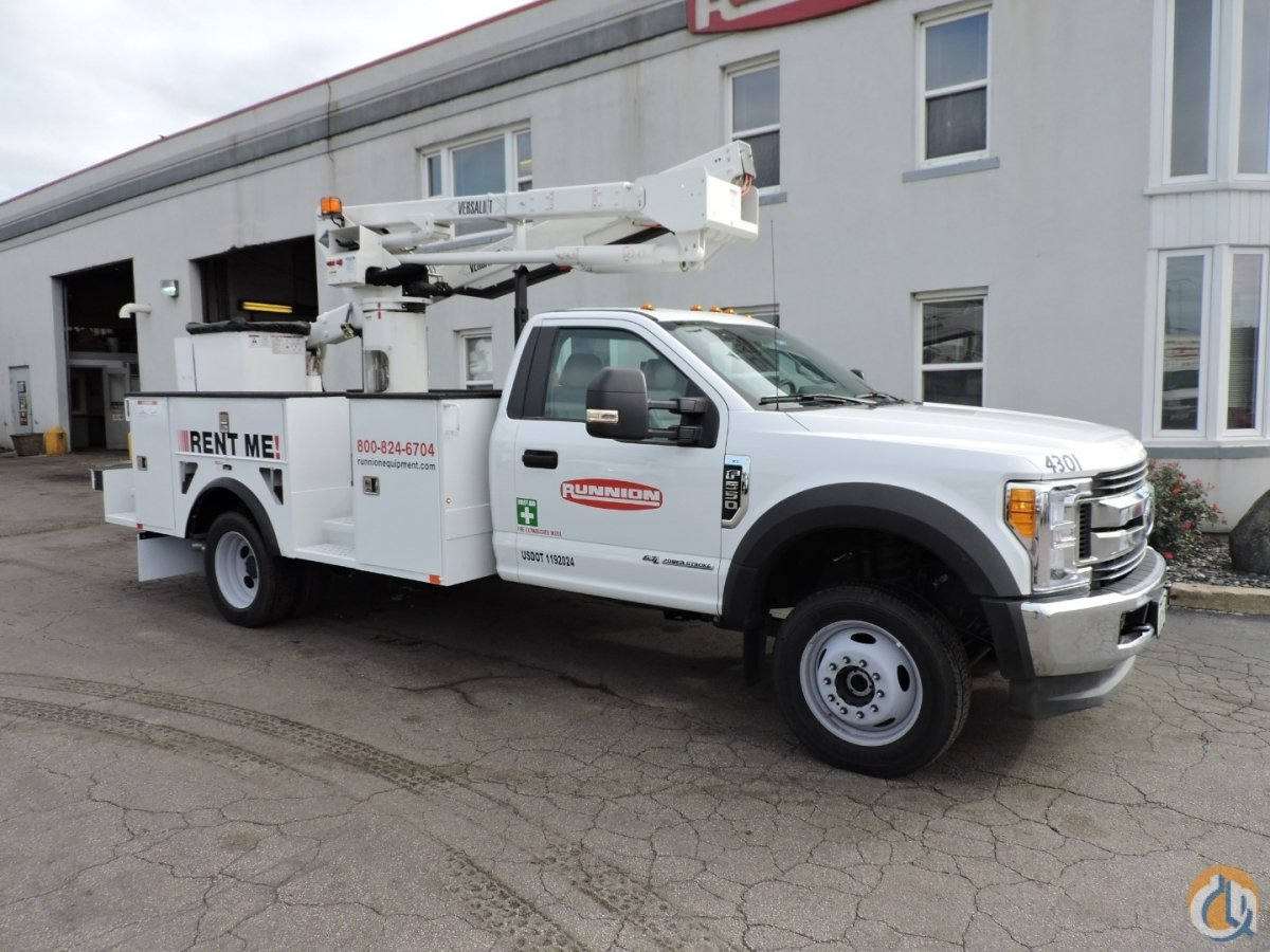 SST-40 EIH mounted on a 2017 Ford F550 Crane for Sale in Hodgkins Illinois on CraneNetwork.com