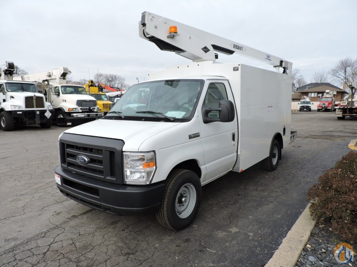Versalift Vantel-29-NE mounted on a 2018 Ford E350 Crane for Sale in Lyons Illinois on CraneNetwork.com