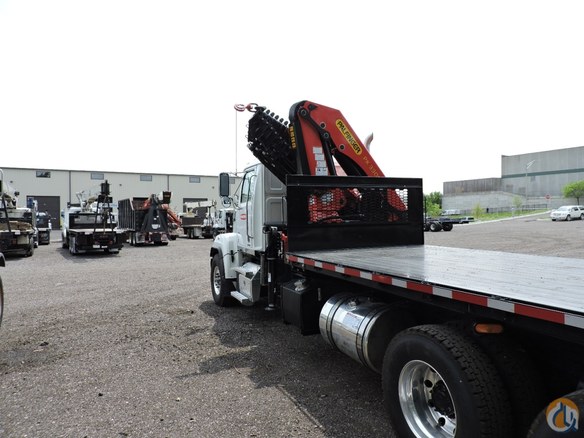 PK33002-EH Knuckleboom 2018 Western Star 4700SF Crane for Sale in Hodgkins Illinois on CraneNetwork.com