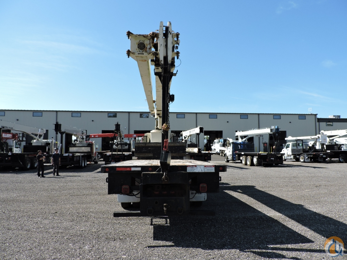 671C Crane mounted on a 1996 International 4900 6x4 Crane for Sale in Hodgkins Illinois on CraneNetwork.com