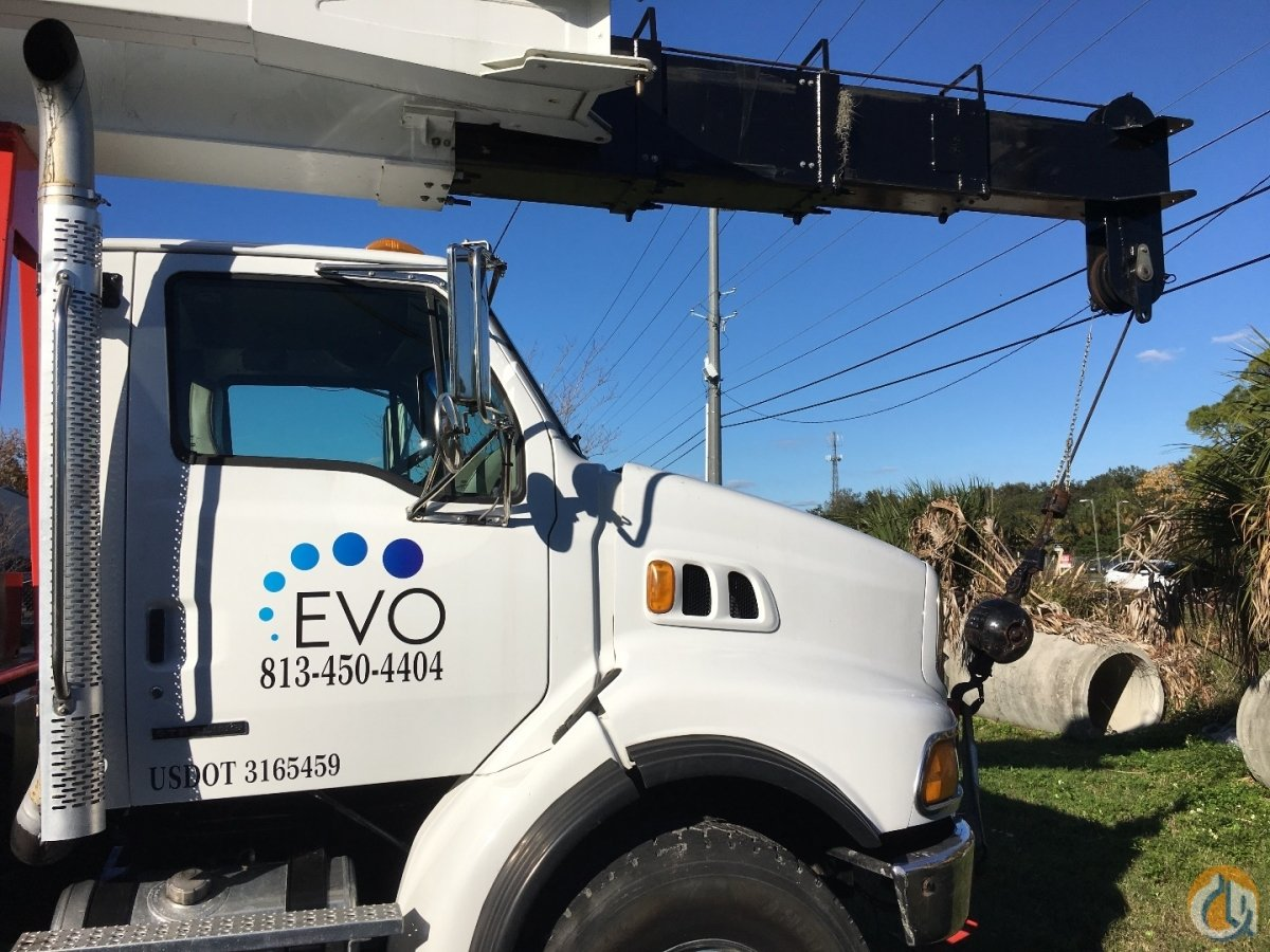 2005 Elliot 32117 32 Ton Swing Cab Crane for Sale in Gibsonton Florida on CraneNetwork.com