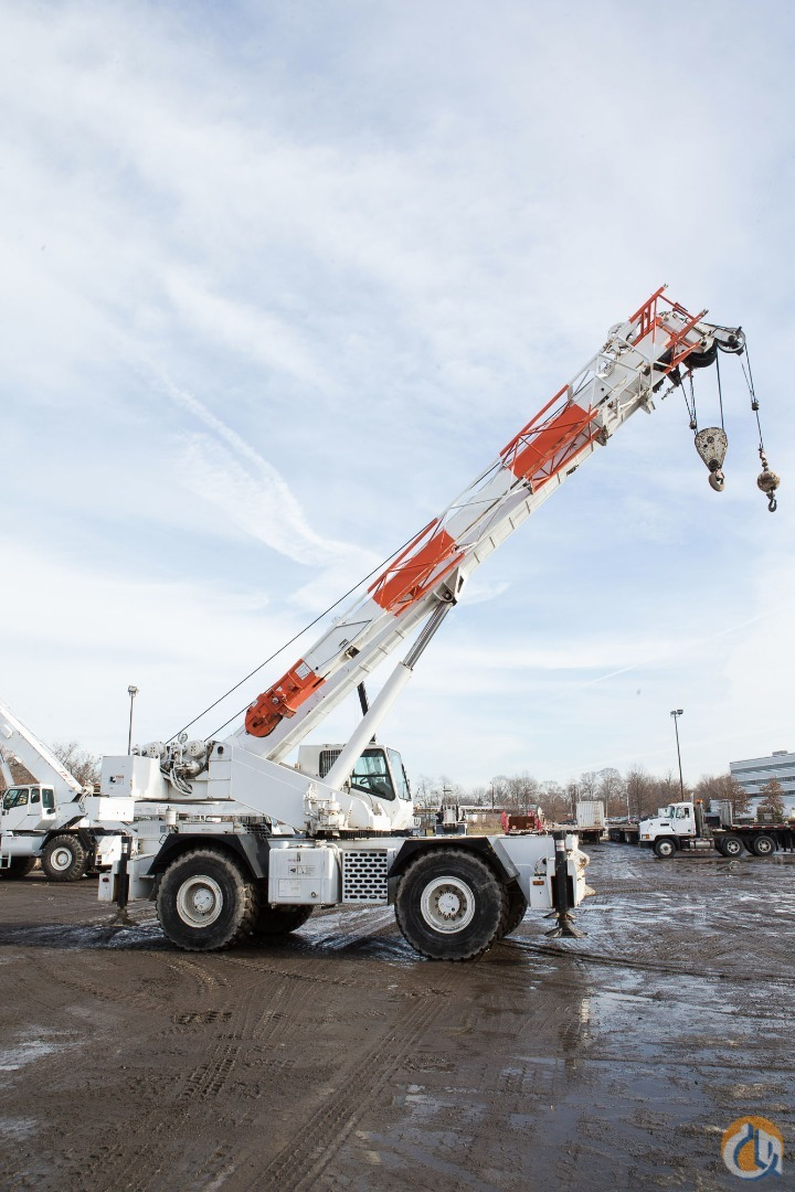 40-TON GROVE RT740B LONG Boom Rough Terrain Crane for Sale in Elizabeth New Jersey on CraneNetwork.com