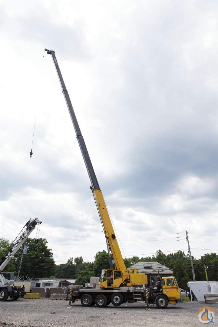 102 FT Boom Plus 45 FT JIB Low Hours Crane for Sale on CraneNetwork.com