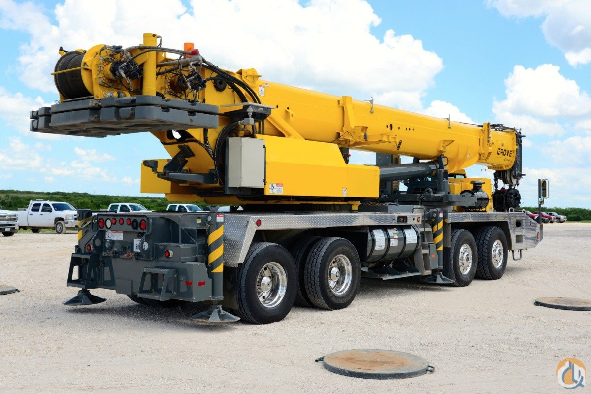110 Ton Low Hours Crane For Sale On