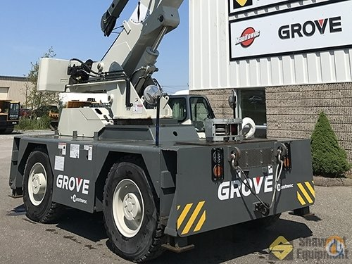 2015 Grove YB5515-2 Crane for Sale in Manchester Connecticut on CraneNetwork.com