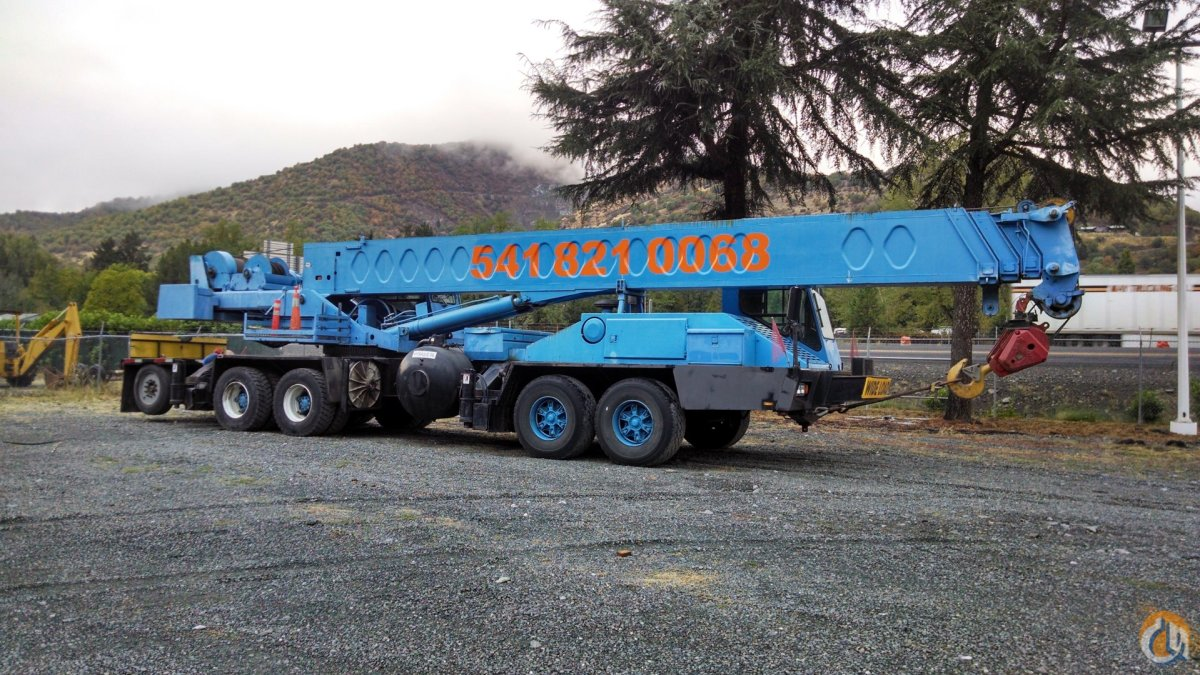 1990 Link Belt HTC-1060 Crane for Sale in Ashland Oregon on CraneNetwork.com