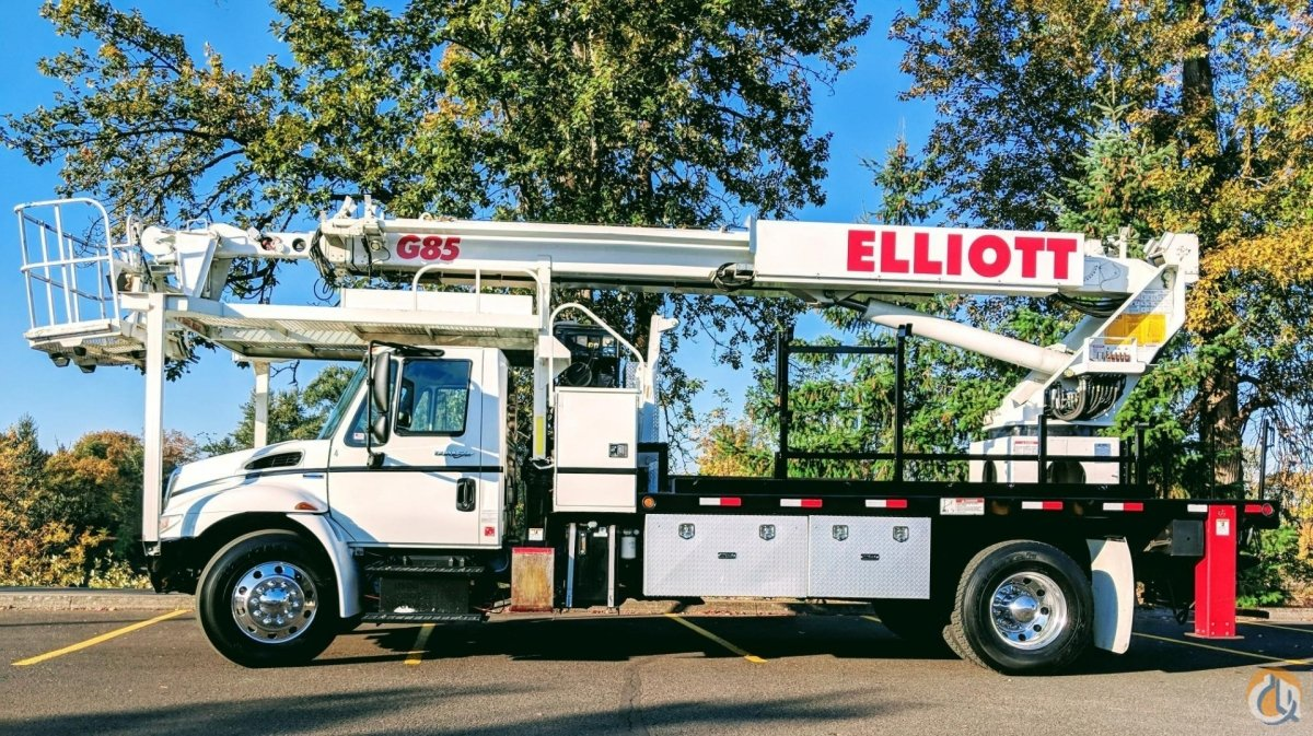 Elliott G85 on Internatiional 4300 Crane for Sale in Eugene Oregon on CraneNetwork.com