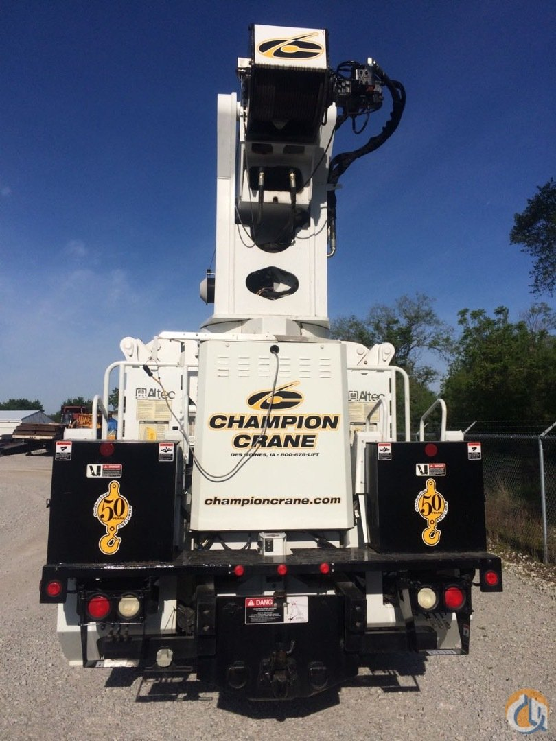 Altec AC26-103R-WS with dual winches aerial platform  radio remote controls Crane for Sale in Des Moines Iowa on CraneNetwork.com