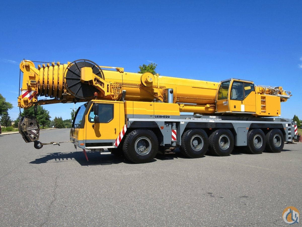 236 FEET 72 METERS MAIN BOOM HYDRAULIC JIB U.S. SPEC 240 US TON Crane for Sale on CraneNetwork.com