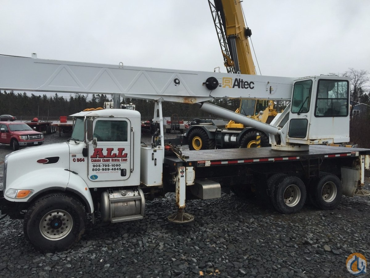 2009 Altec AC38-127 Crane for Sale in Goodwood Nova Scotia on CraneNetwork.com