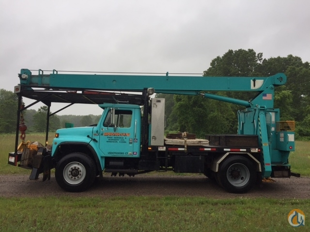 1985 S1954 International Manitex crane Crane for Sale in Windsor Connecticut on CraneNetworkcom