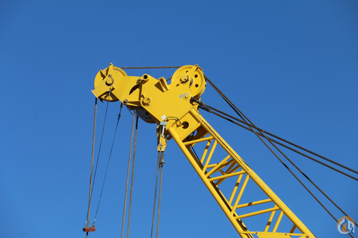 ONLY 768 HOURS 130FT BOOM 60FT JIB Free-Fall Crane for Sale on CraneNetwork.com
