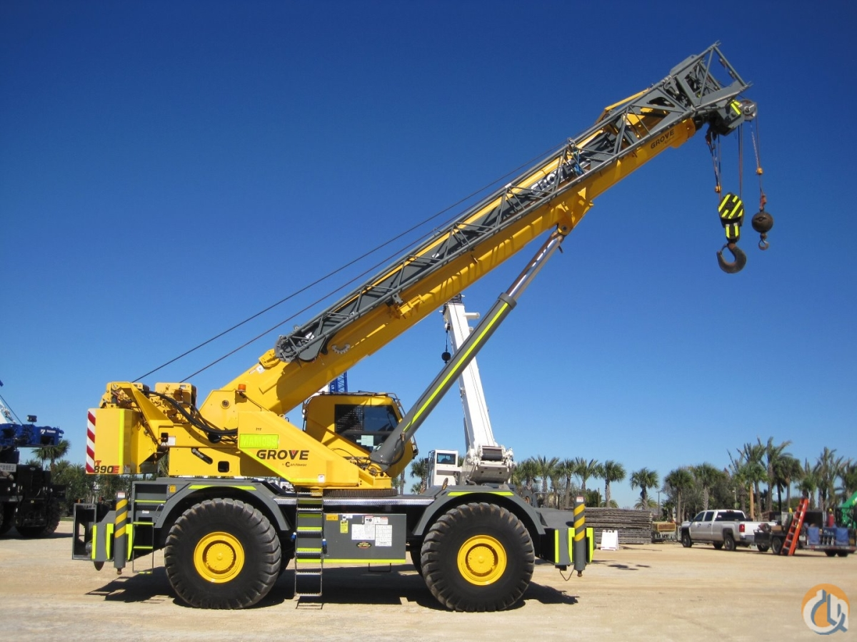 2 2012-2013 GROVE RT890E AVAILABLE FOR SALE OR RENT RPO Crane for Sale or Rent in Houston Texas on CraneNetwork.com