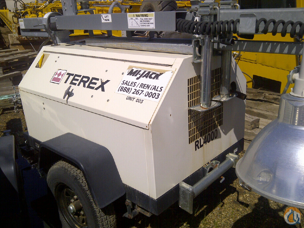 2 Terex Light Towers Crane for Sale in Leduc Alberta on CraneNetwork.com