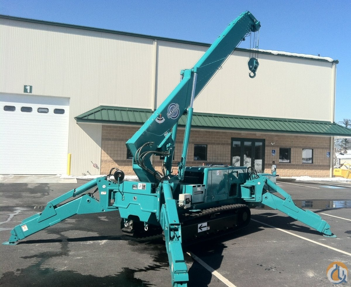 Diesel - Electric Power - Maeda Mini-Crane - MC-405 Crane for Sale in Oxford Massachusetts on CraneNetwork.com