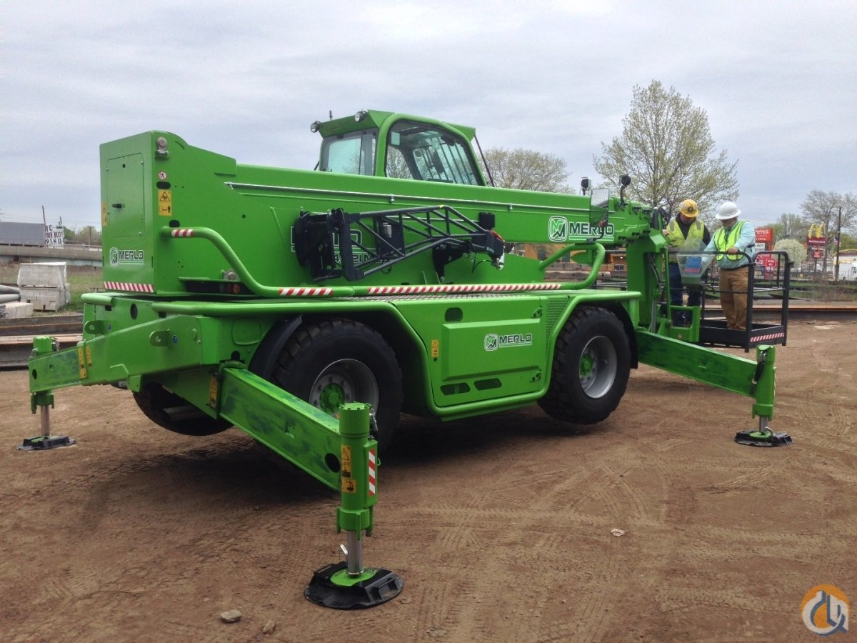2015 Merlo Roto 45.21MCSS -- Price Reduced Crane for Sale in Oxford Massachusetts on CraneNetwork.com