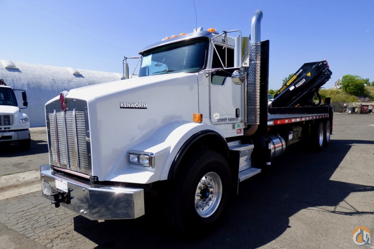 Sold Palfinger PK 42502 knuckle boom mounted to 2010 Kenworth T800 flatbed  Crane for in Houston ...