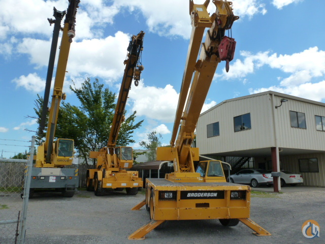 2000 Broderson IC-200-3D Crane for Sale in Houston Texas on CraneNetwork.com