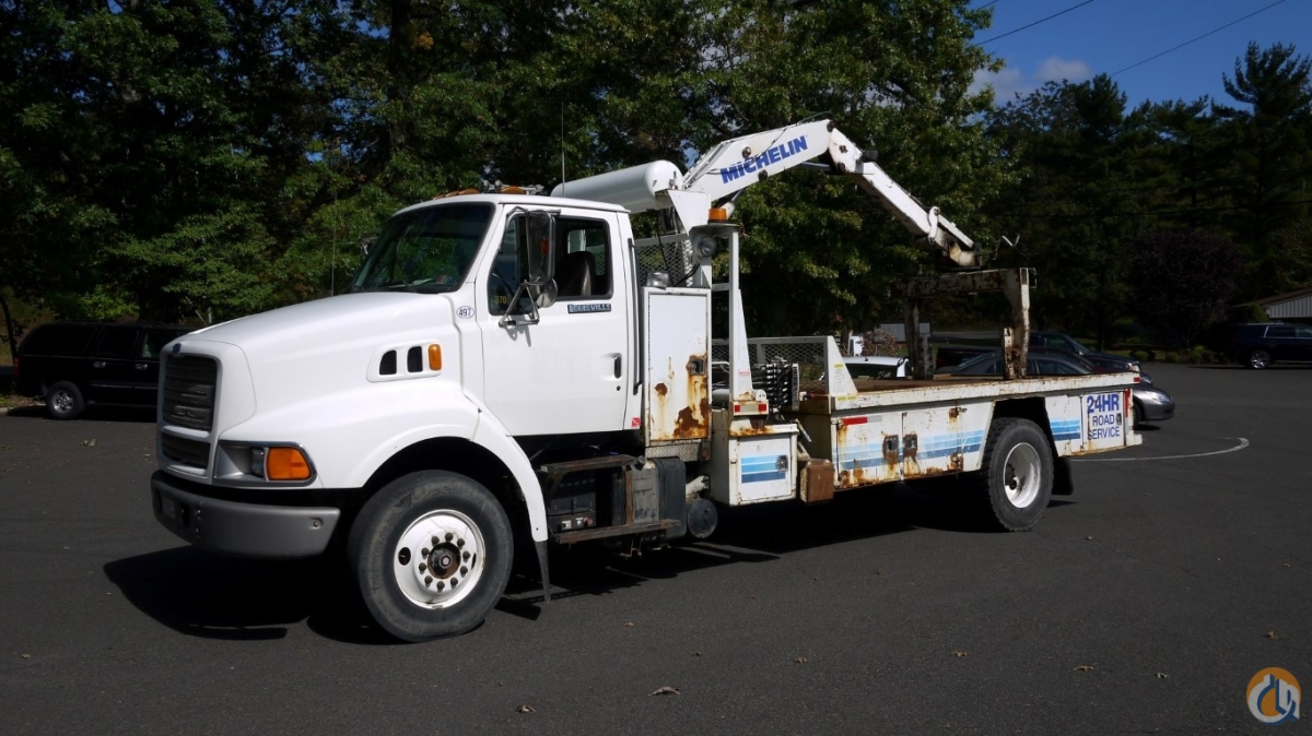 8706 - 1996 FORD LN8000 2000 KNUCKLEBOOM 5 TON CRANE TRUCK Crane for Sale in Hatfield Pennsylvania on CraneNetwork.com