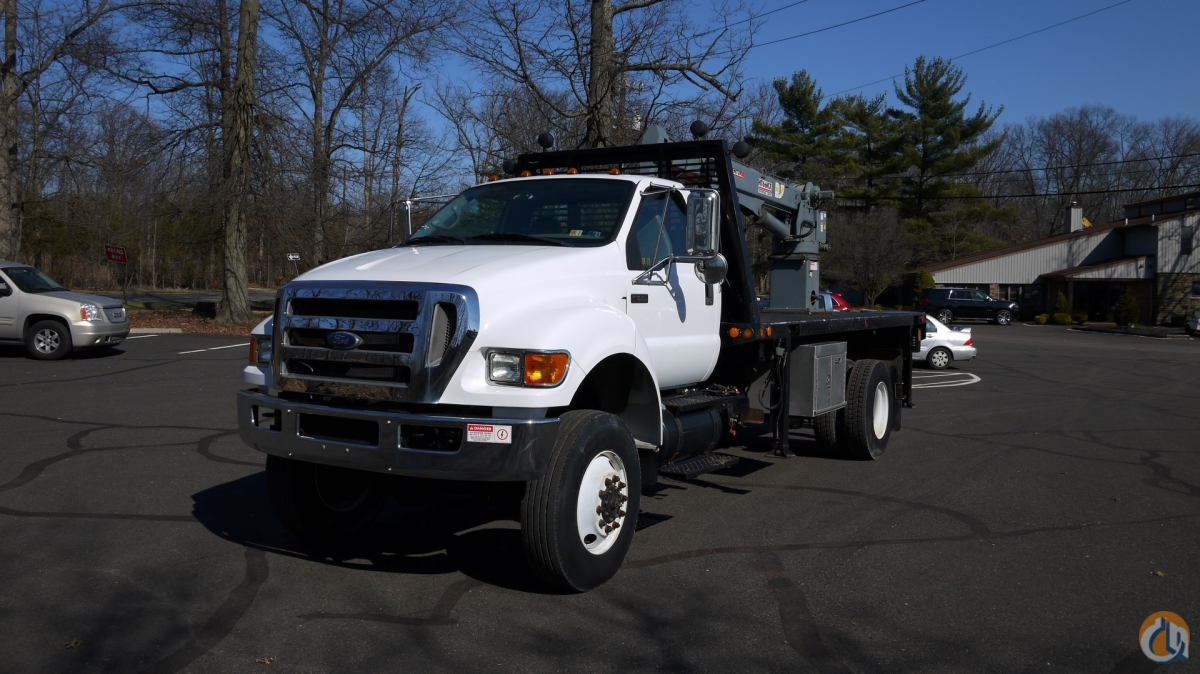 8972 - 2010 FORD F650 4X4 VENTURO HT66KX SERVICE CRANE 5.5 TON Crane for Sale in Hatfield Pennsylvania on CraneNetwork.com