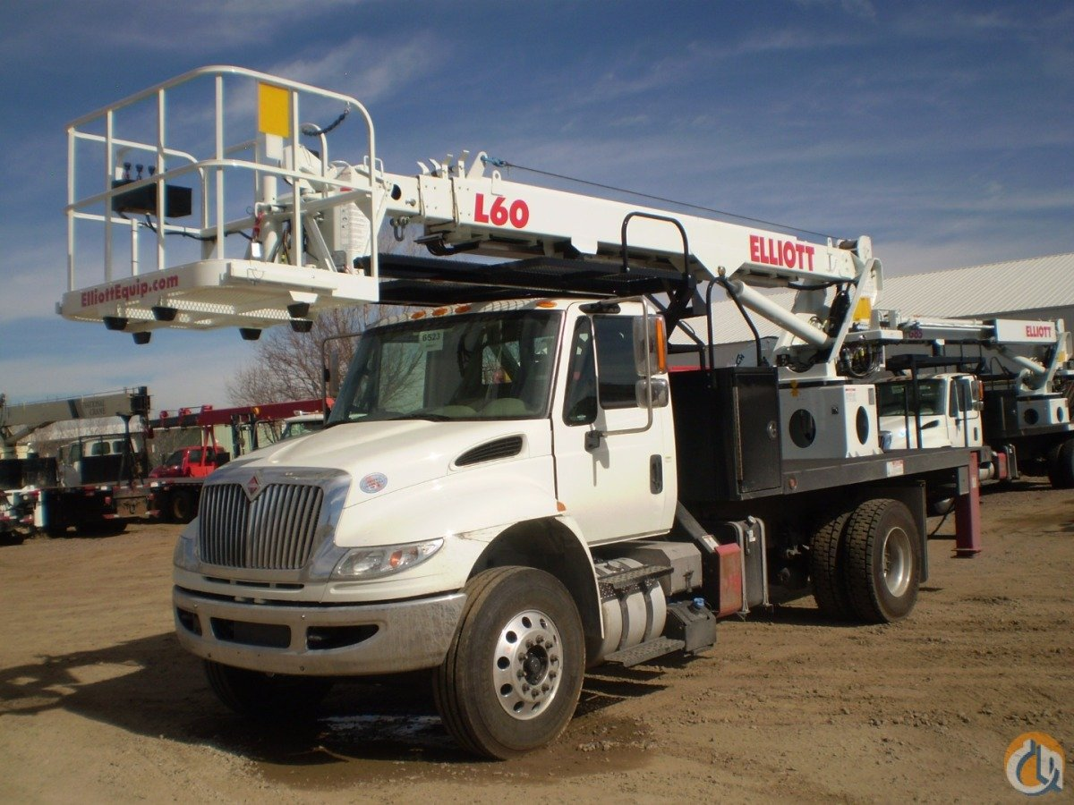 Elliott HiReach L60R Crane for Sale in San Diego California on CraneNetworkcom