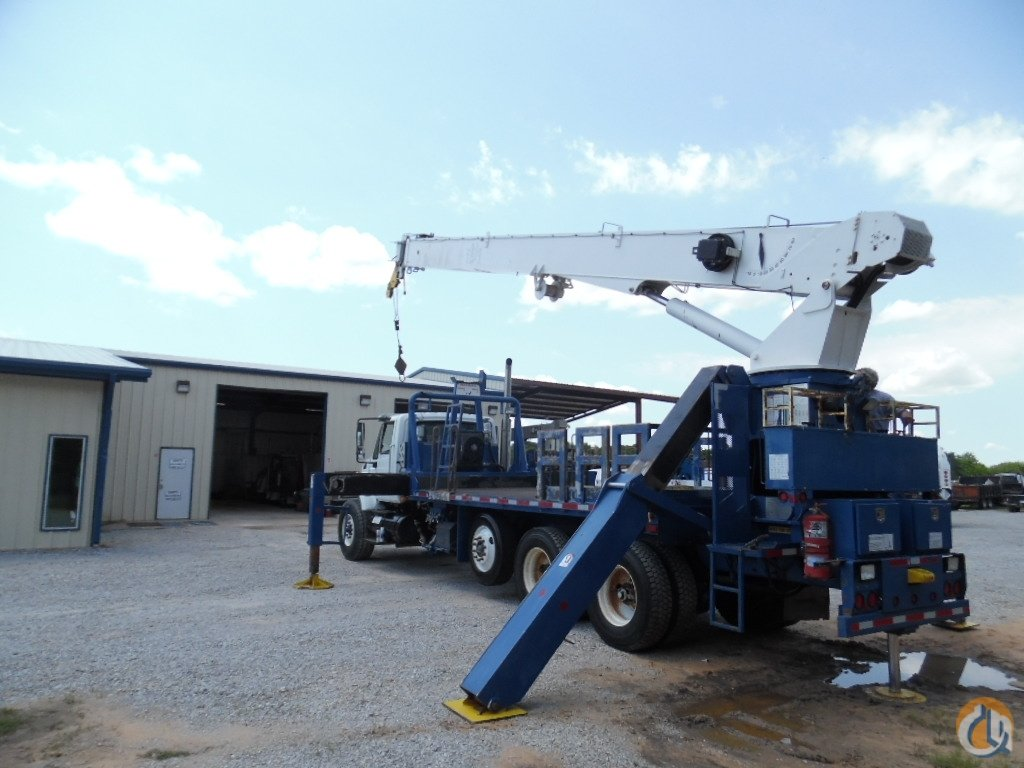 2007 National 9125 International Chassis Crane for Sale in Lone Grove Oklahoma on CraneNetwork.com