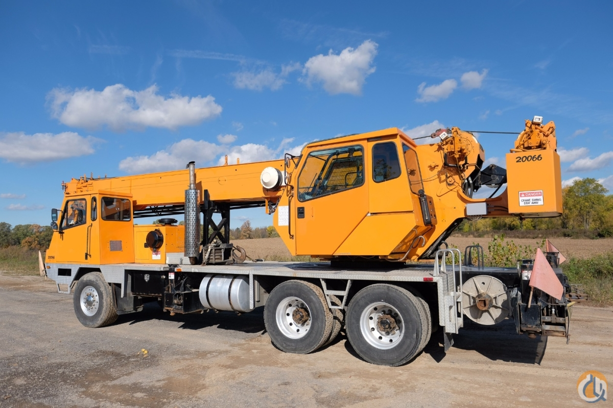 Rebuilt Cummins Diesel Engine Heavy Counterweight Package  T-340  Crane for Sale in New York New York on CraneNetworkcom
