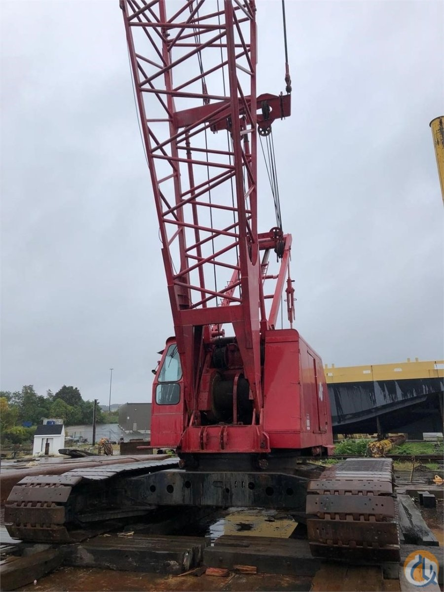 1986 MANITOWOC 4000W Crane for Sale in Holbrook Massachusetts on CraneNetwork.com