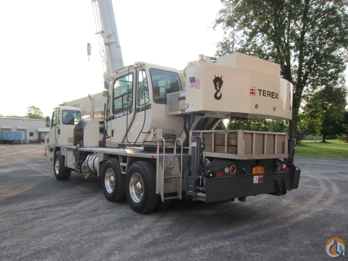 T340-1XL LONG BOOM Crane for Sale in New York New York on CraneNetwork.com