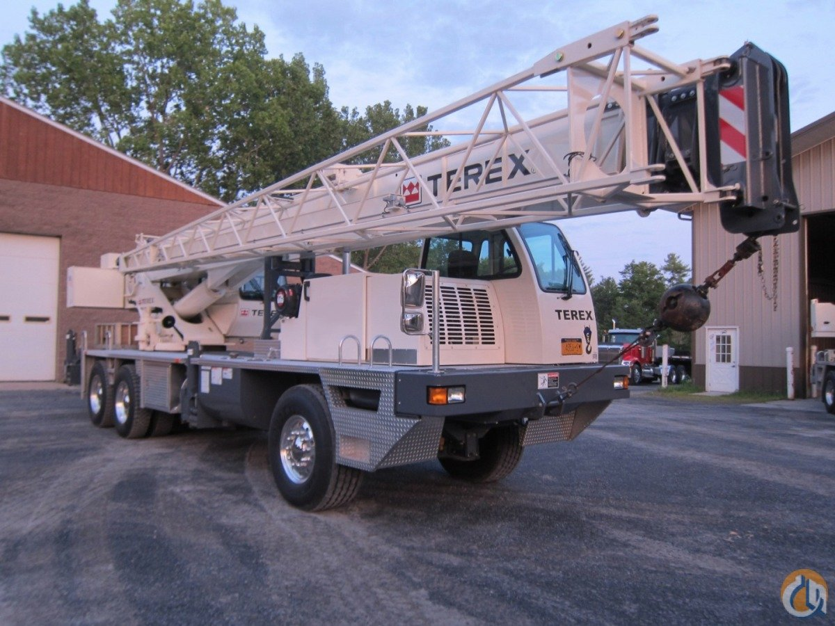 T340-1XL LONG BOOM Crane for Sale in New York New York on CraneNetworkcom