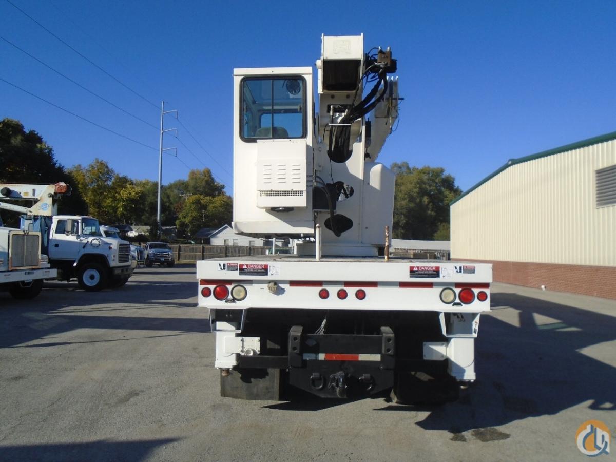 2006 Altec-Sterling AC35-127S, 35 Ton, Boom Truck Crane; CranesList on