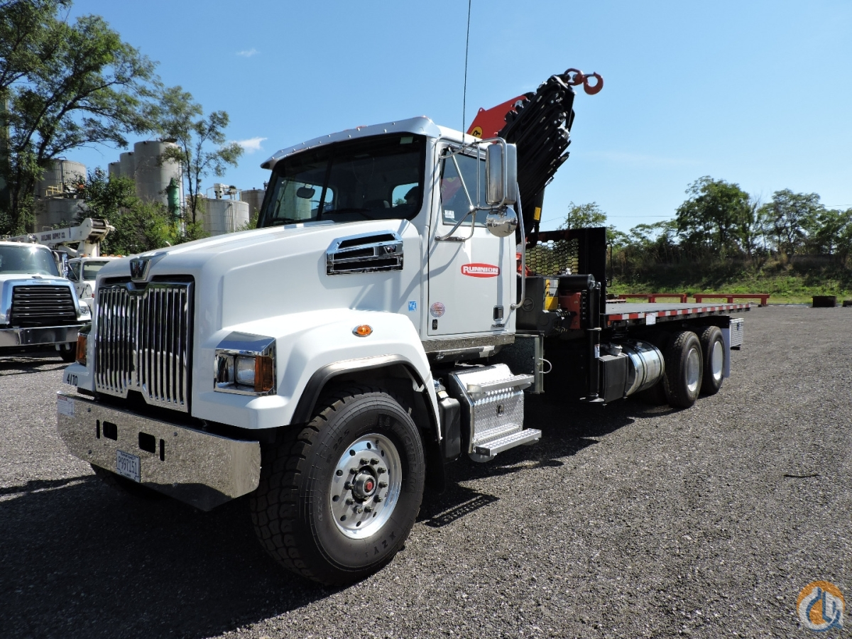 PK33002-EH Knuckleboom 2020 Western Star 4700SF Crane for Sale in Hodgkins Illinois on CraneNetwork.com