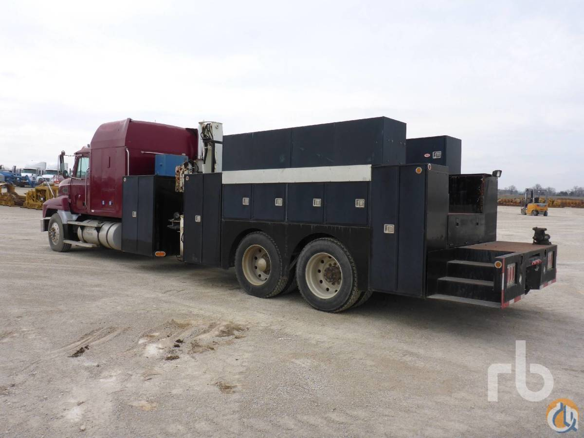 Sold 1993 MACK CH613 TA w IMT 4825 6400 Lb Sleeper Boom Truck Crane for  in Kansas City Missouri on CraneNetwork.com