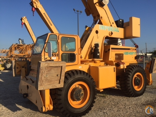 2012 Broderson RT300-2F Crane for Sale or Rent in La Porte Texas on CraneNetwork.com