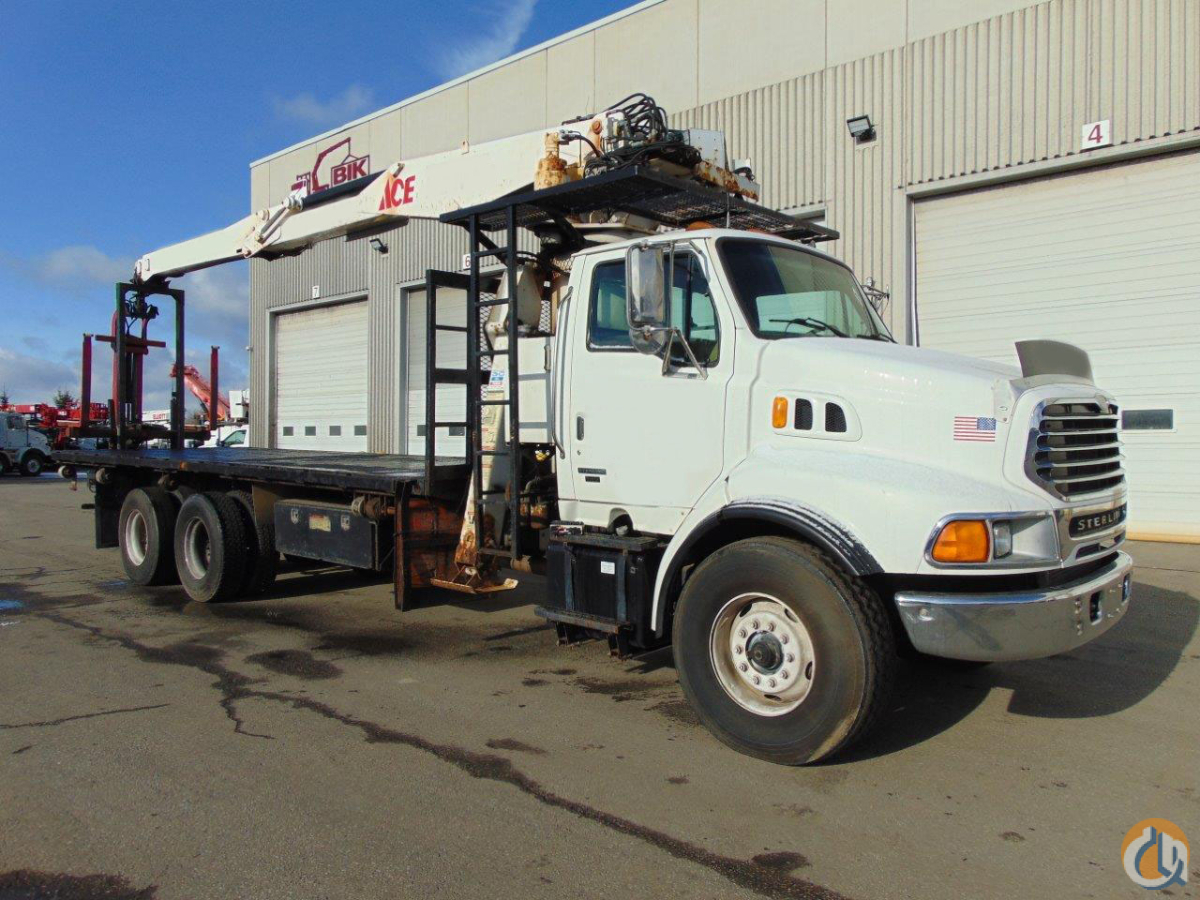 IMT 16042 Wallboard Boom on a Used 2001 Sterling LT9513 ta Crane for Sale in Toronto Ontario on CraneNetwork.com