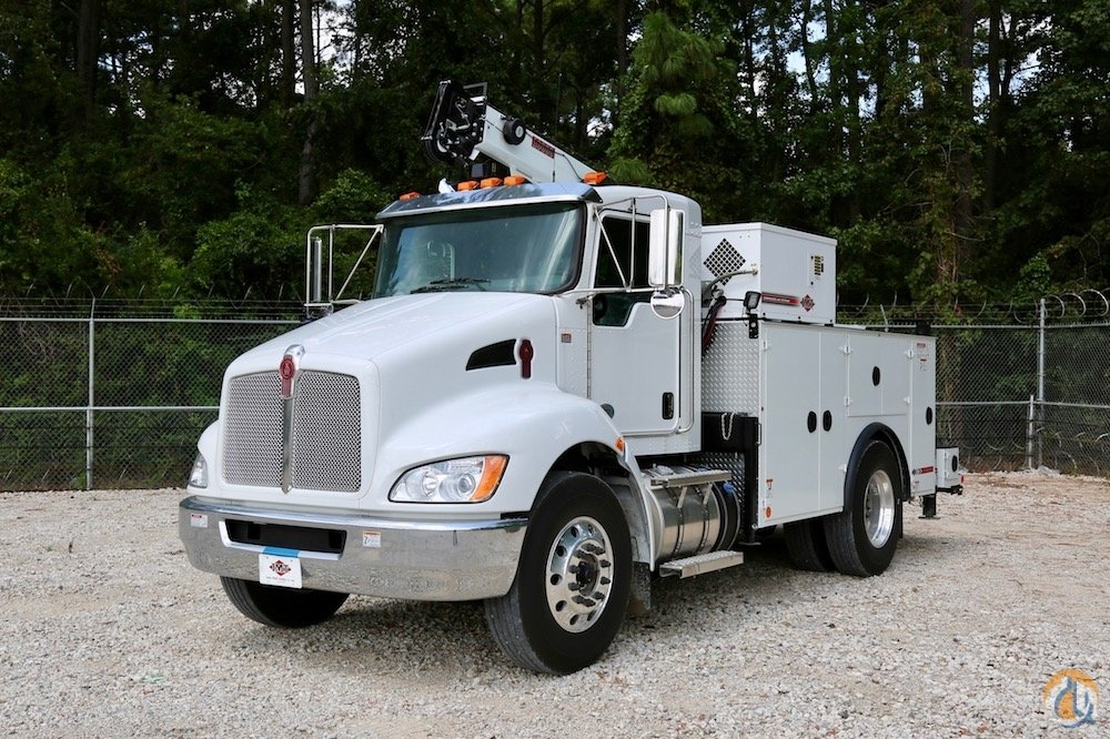 New IMT 10000 service crane mounted to IMT Dominator II mechanics truck body on Kenworth T370 chassis Crane for Sale in Houston Texas on CraneNetwork.com