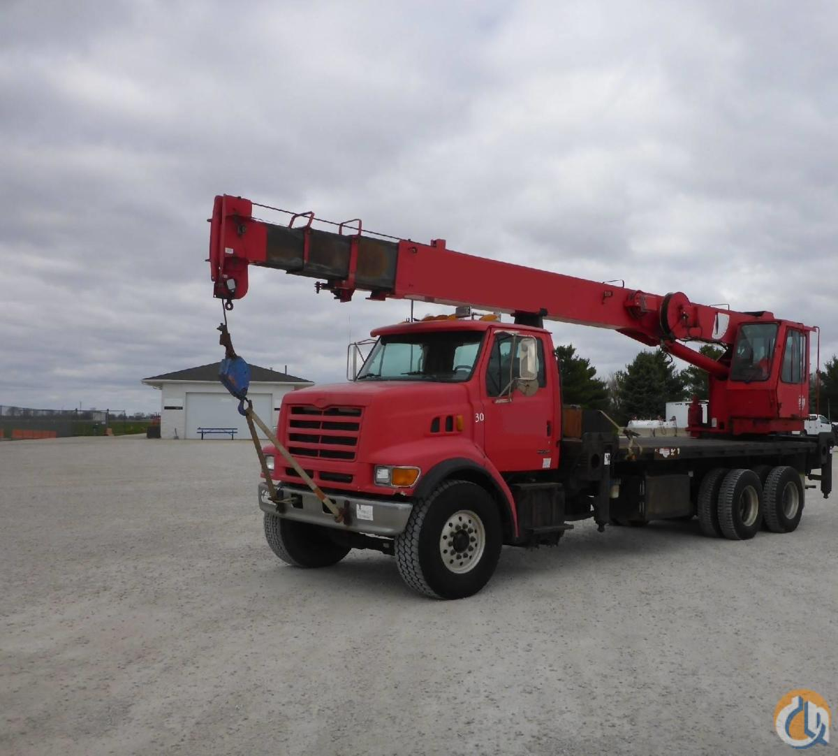 2000 NATIONAL 1300 Crane for Sale in Lewisville Texas on CraneNetwork.com