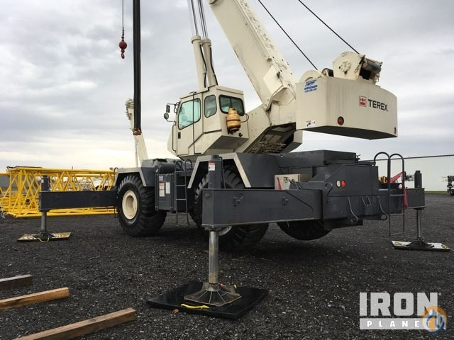 sold terex rt175 rough terrain crane crane for in syracuse new york rh cranenetwork com Terex Cranes Terex Rt 130