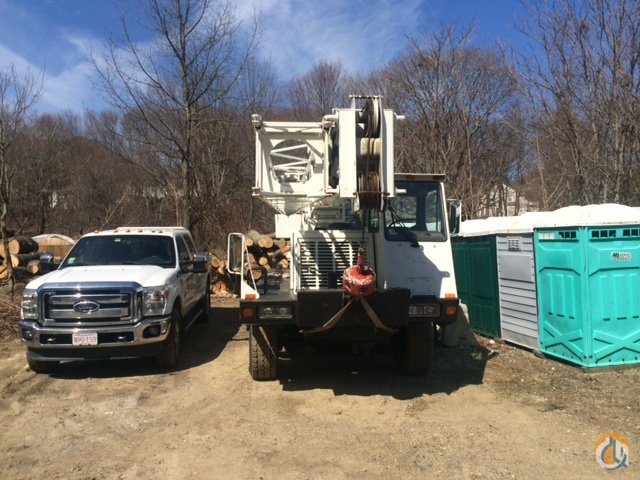 Lorain MCH 230E Crane for Sale in Boston Massachusetts on CraneNetwork.com
