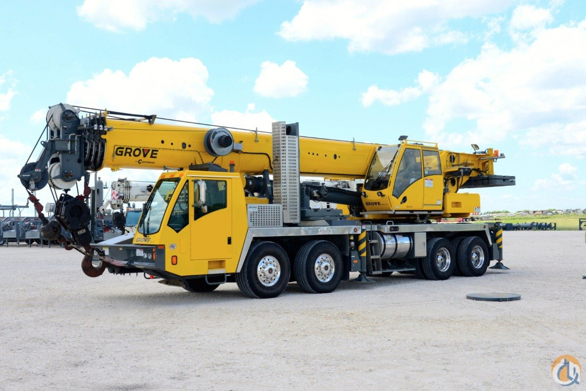 GROVE TMS-9000E 110 TON LOW HOURS Crane for Sale in Dallas Texas on CraneNetwork.com