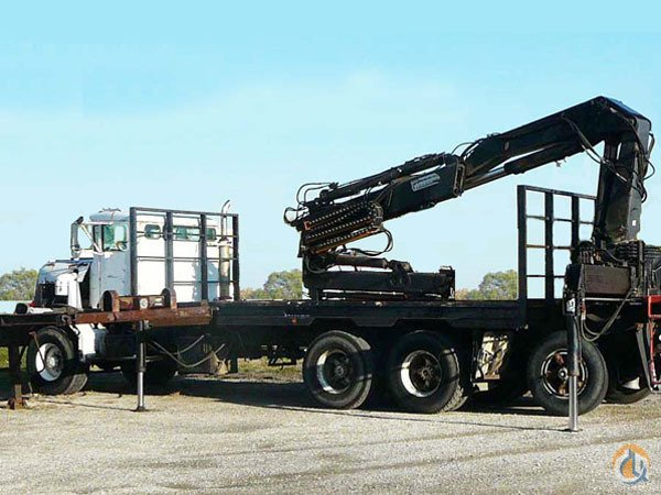 Sold Used Truck Crane Unit - Hiab 260AW on Oshkosh From Truck Crane for  on CraneNetworkcom