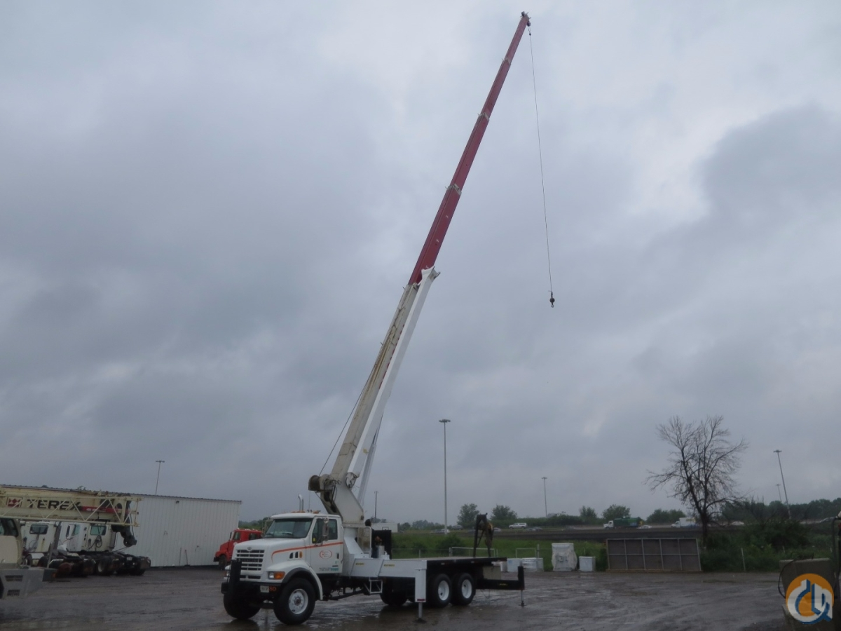 MANITEX 30124 30 TON WITH 124 FEET BOOM PLUS 31 FEET JIB Crane for Sale in Ottawa Ontario on CraneNetwork.com