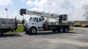 2007 Sterling LT 7500 35 Ton Terex RS70100 Crane for Sale in Perrysburg Ohio on CraneNetwork.com