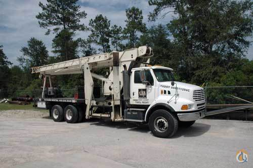 Sold 2000 PIONEER X4000-RCC ON STERLING CHASSIS Crane for  in Kountze Texas on CraneNetwork.com