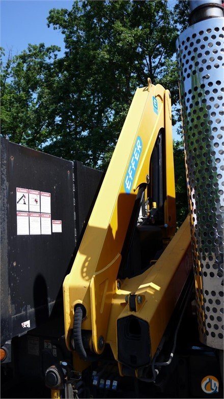 Sold 2005 EFFER  584S 8801E Crane for  in Hatfield Pennsylvania on CraneNetwork.com