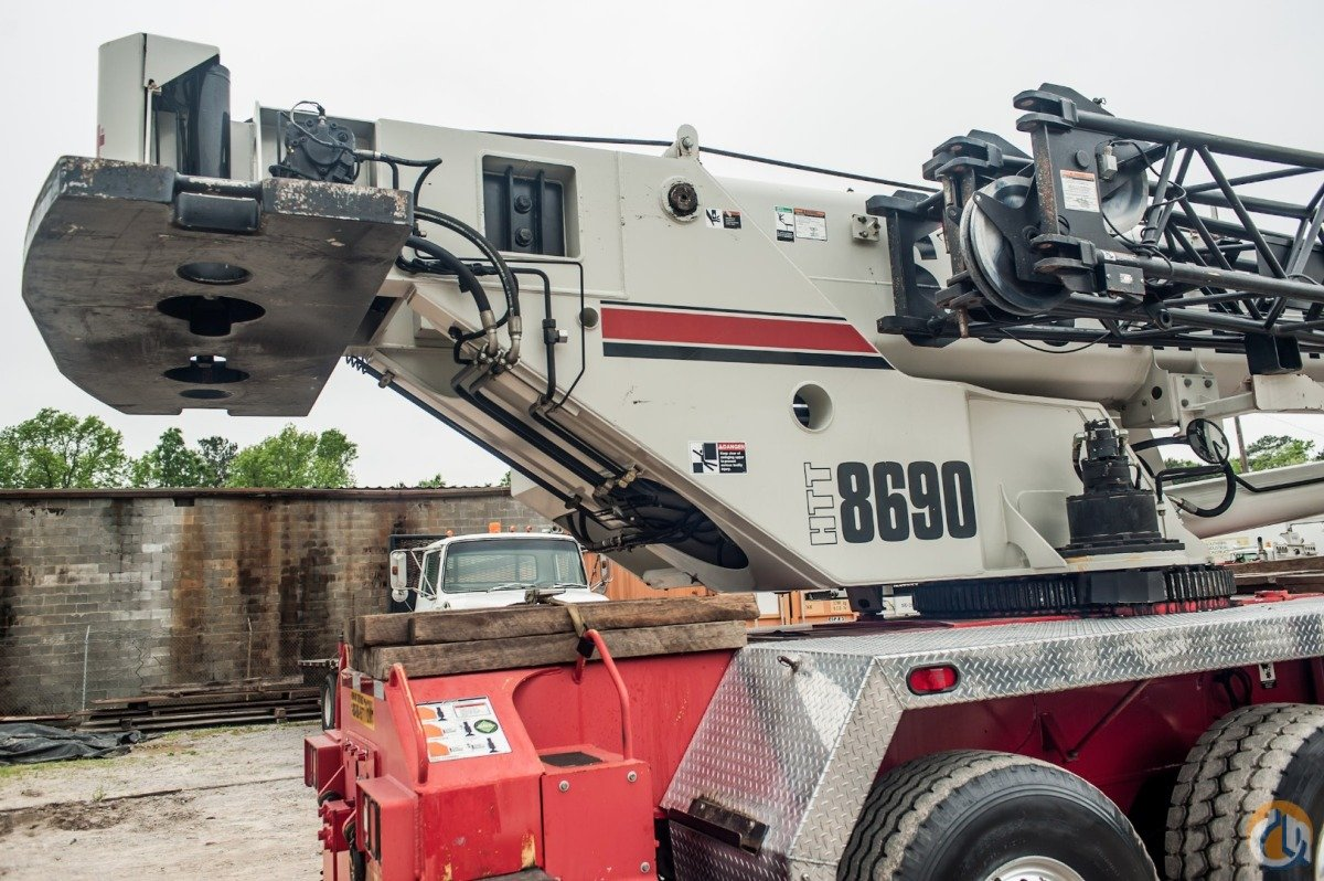 90 Ton Truck Crane DETROIT DIESEL ENGINE All Wheel Steering Crane for Sale in Atlanta Georgia on CraneNetwork.com