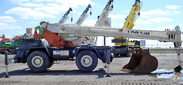 1990 Lorain LRT275D Rough Terrain Crane Crane for Sale in Hazel Crest Illinois on CraneNetwork.com