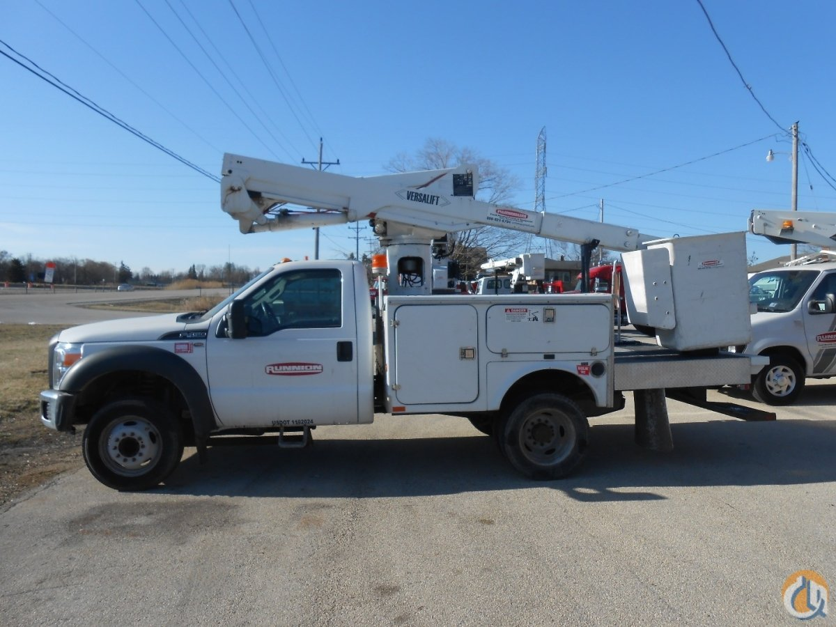 Versalift SST37 bucket truck on 2014 Ford F450 Crane for Sale in Lyons Illinois on CraneNetwork.com
