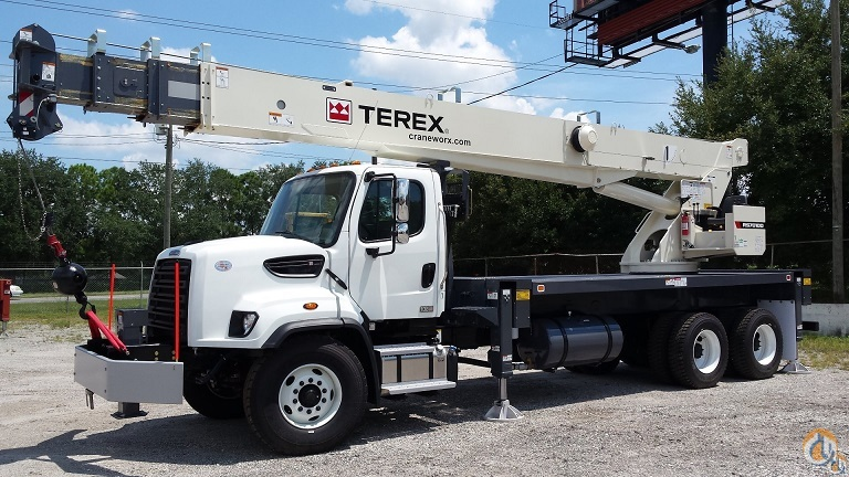2015 Terex RS70100 on a 2016 Freightliner 108SD Crane for Sale in Tampa Florida on CraneNetwork.com