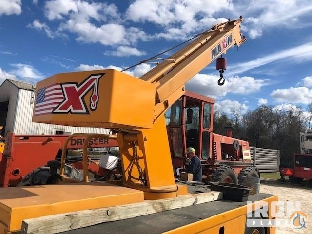 1995 Broderson IC801D Carry Deck Crane Crane for Sale in Houston Texas on CraneNetwork.com
